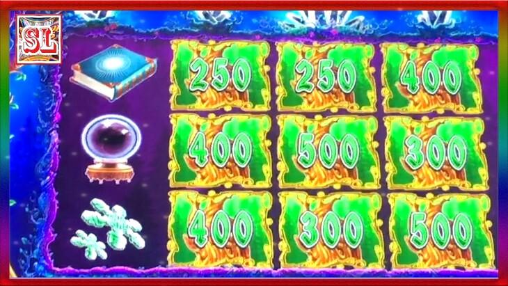 Crystal Land Slot Machine